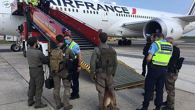 Paris : aucun engin explosif trouvé à bord de l'avion en provenance du Tchad