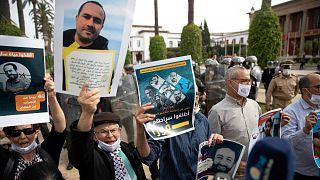 متظاهرون يطالبون بالإفراج عن الريسوني والراضي