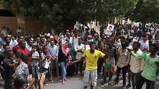 """Soudan : des manifestations pour demander justice après le """"massacre de Khartoum"""" de juin 2019"""