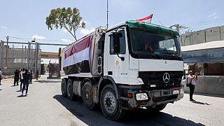 Egypte : des camions et  bulldozers en aide à la population de Gaza