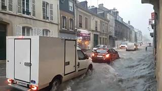 شاهد: ساعات من الأمطار الغزيرة تغرق عدة مدن فرنسية