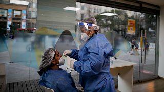 اختبار تشخيص الاصابة بكوفيد-19 في الأرجنتين
