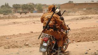 مقاتلون من قوة الدفاع المحلي في اواغادوغو في بوركينا فاسو. 2020/03/14