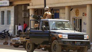 Archív felvétel: a biztonsági szolgálat járőrözik a fővárosban, Ouagadougouban, egy terrortámadás után