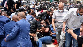 Tuniszi tüntetés az áremelések ellen