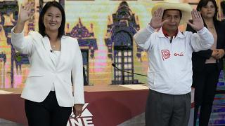 Η υποψήφια της λαϊκιστικής δεξιάς, η Κέικο Φουχιμόρι και ο υποψήφιος της ριζοσπαστικής αριστεράς Πέδρο Καστίγιο