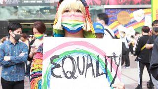 شاهد: ناشطون في مجتمع المثليين يتظاهرون من أجل الحصول على حماية قانونية في طوكيو