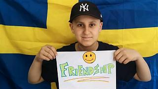 Futebol pela Amizade: como um jovem adepto do futebol está a enfrentar o cancro