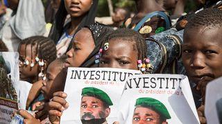 Mali : investi Président, le colonel Goïta confirme la tenue d'élections