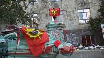 Statue of Residential Schools architect toppled by protesters in Toronto