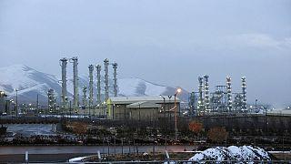 منشأة نووية تعمل بالماء الثقيل بالقرب من بلدة أراك في إيران، 15 يناير 2011