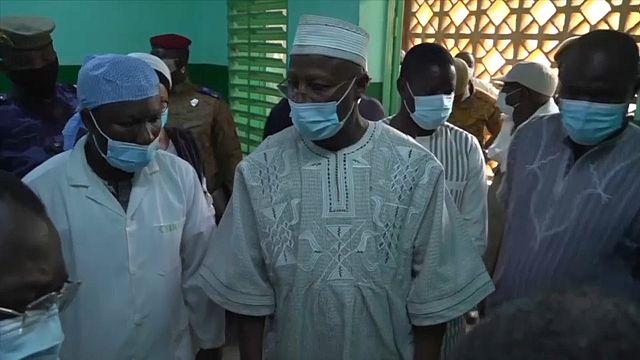 Burkina Faso : le PM au chevet des victimes de l'attaque de Solhan