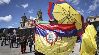 احتجاجات شعبية مناهضة للحكومة في كولومبيا