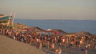 Música regressa às praias da Albânia