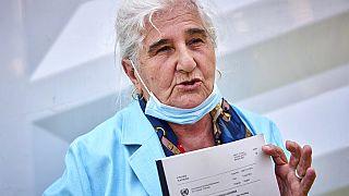 """Munira Subasic, eine der """"Mütter von Srebrenica"""", mit dem Urteil gegen Ratko Mladic"""