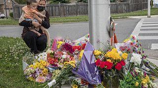 Λόντον, Οντάριο. Το σημείο όπου ημιφορτηγάκι έπεσε πάνω σε διερχόμενη οικογένεια μουσουλμάνων