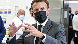 Macron foi esbofeteado depois de visitar um liceu de hotelaria