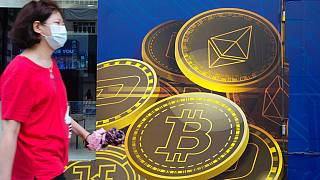 El Salvador resmai para birimi olarak Amerikan Doları'nı kullanıyor. Vatandaşlar bugünden itibaren Bitcoin'i de günlük alışverişlerinde kullanabilecekler.
