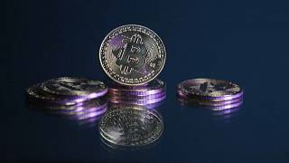 Representación física de la moneda virtual bitcóin