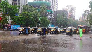 La mousson provoque le chaos à Bombay