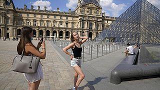 Am Louvre in Paris