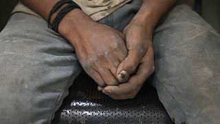 Hindistan'da bir çocuk işçi