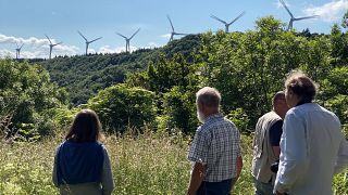 Mudam-se os ventos, mudam-se as vontades. Parques eólicos geram controvérsia na Europa