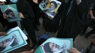 أنصار المرشح الرئاسي إبراهيم رئيسي، في بلدة إسلام شهر جنوب غرب العاصمة طهران، 6 يونيو 2021