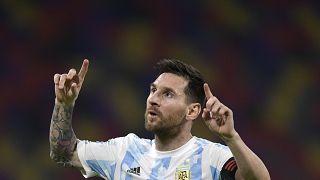 ليونيل ميسي كابنت منتخب الأرجنيتن ولاعب نادي برشلونة الإسباني. 03/06/2021