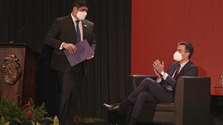 El presidente de Costa Rica, Carlos Alvarado, y Pedro Sánchez durante la cumbre España-SICA