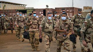 Francia katonák távoznak négyhónapos Száhel-övezetbeli szolgálatuk után Maliból