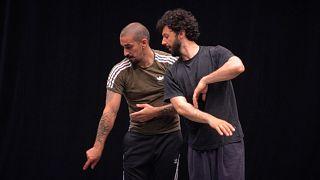 Танцевальный биеннале в Лионе: когда танцует молодёжь