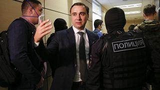 Иван Жданов во время очередных обысков в офисе ФБК 17 июля 2020
