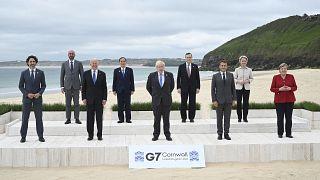 İngiltere Başbakanı Boris Johnson ve G7 Zirvesi'ne katılan liderler. Cornwall/ İngiltere