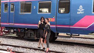 مقهى القطار - كمبوديا