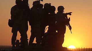 Afganistan'taki ABD askerleri (Arşiv, 14 Ocak 2002)