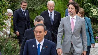 يصل الرئيس الأمريكي جو بايدن وزعماء مجموعة السبعة للحصول للالتقاط صورة فوتوغرافية خلال حفل استقبال في خليج كاربيس، كورنوال، غرب إنجلترا، 11 يونيو 2021