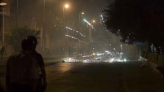 Heurts entre policiers et manifestants dans la banlieue de Tunis (Tunisie), le 12/06/2021