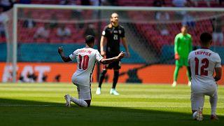 Raheem Sterling, un genou à terre, a marqué le seul but du match contre la Croatie