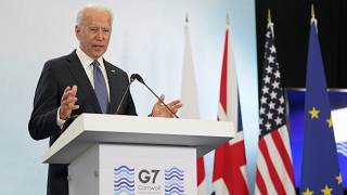 ABD Başkanı Jıoe Biden İngiltere'deki G7 Zirvesi'nin bitimindeki basın toplantısında açıklama yapıyor