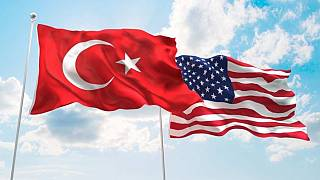 Türkiye ve ABD bayrakları