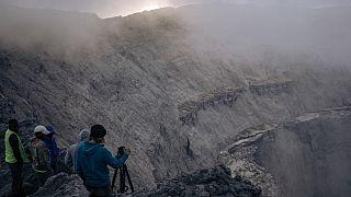 RDC : des experts analysent le cratère du volcan Nyiragongo