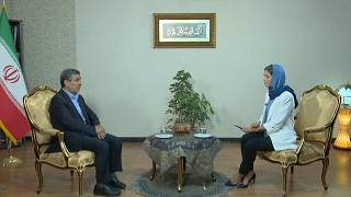 Európa kiléphetne az USA árnyékából - mondja Ahmedinedzsád