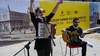 Konzert von Özge Metin