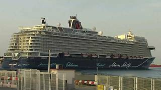 El Mein Schiff 2 tras su atraque en el puerto de Málaga