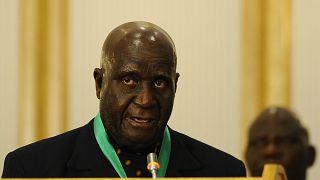 Zambia says ex-President Kaunda ill with pneumonia