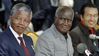 """Zambie : l'ancien président Kenneth Kaunda soigné pour une """"pneumonie"""""""