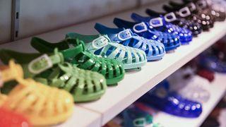 Plastic 'Medusa' plastic sandals celebrate 75 years of success!