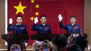 Uzay'a gönderilecek Çinli astronotlar