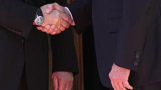 O aperto de mão entre Putin e Biden antes da Cimeira de Genebra